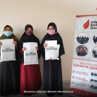 Penyaluran Hadiah Penghafal AlQuran gamis cantik dari @silmaatenun